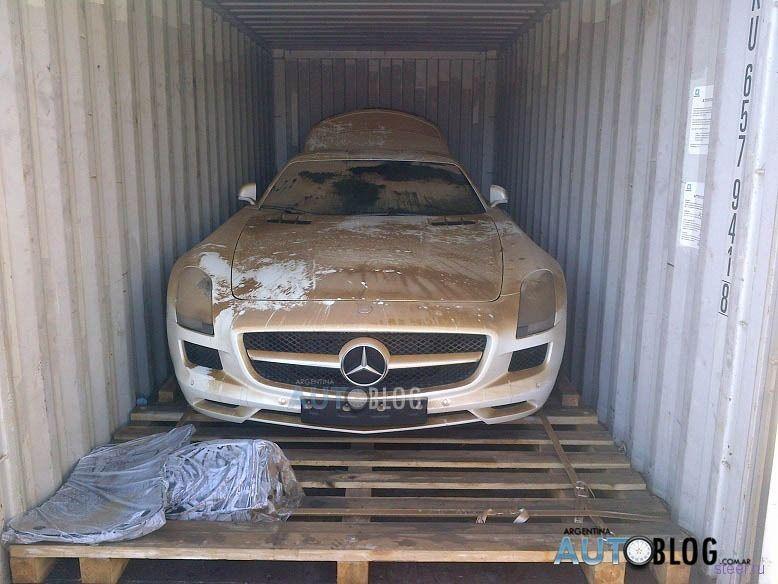 Mercedes-Benz за 710 000 долларов утонул в море