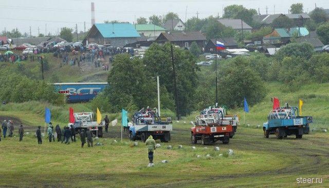 Гонки на грузовиках времен СССР в Реже
