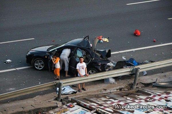 В Китае произошла авария на сумму больше 1.6 миллиона долларов
