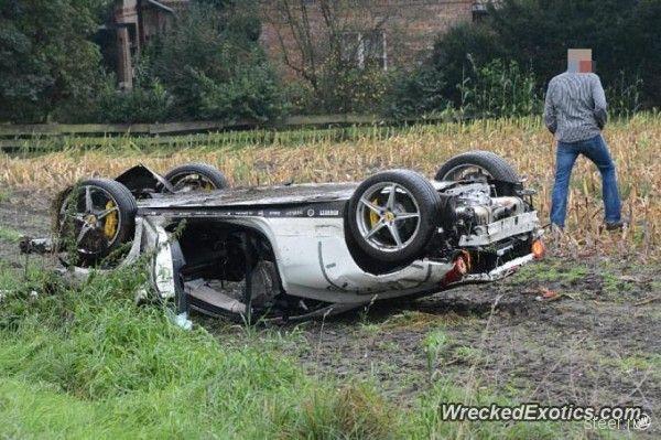 В Германии тест-драйв Ferrari 458 Italia закончился серьезной аварией