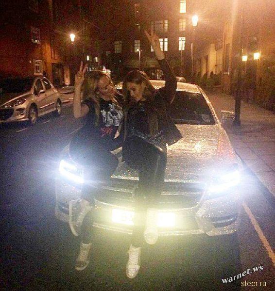 Русская студентка в Лондоне покрыла свой Mercedes CLS 350 миллионом кристаллов Сваровски