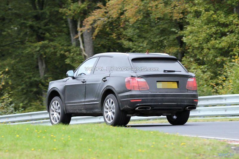 Первые фото кроссовера Bentley