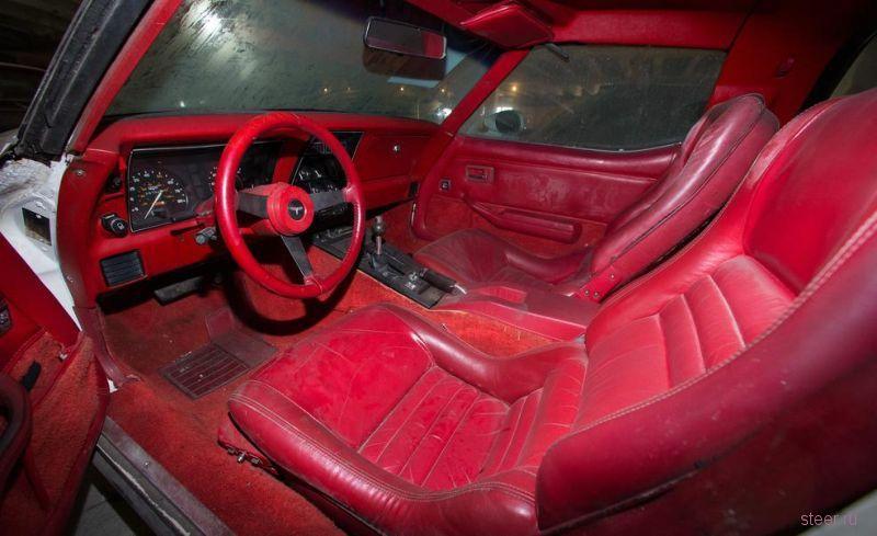 36 спорткаров Corvette простояли без надобности 26 лет