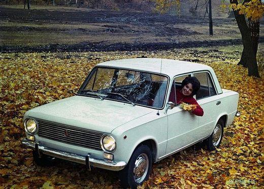 Как покупали машины в СССР