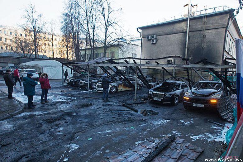 Пожар на московской парковке на 200 миллионов рублей