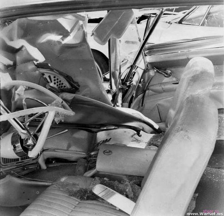 Водитель 50 лет искал потерявшийся во время аварии автомобильный рычаг