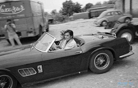 Родстер Ferrari 250 GT California Spider Алена Делона продали за 18,5 миллиона долларов