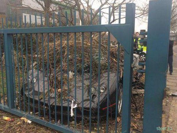 Единственный в мире Pagani Zonda GJ разбился в Лондоне