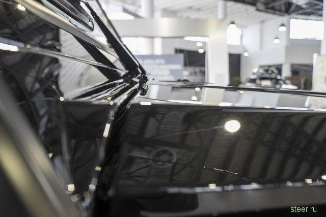 Трехосный Мерседес G63 продается в салоне за 6 376 710 рублей