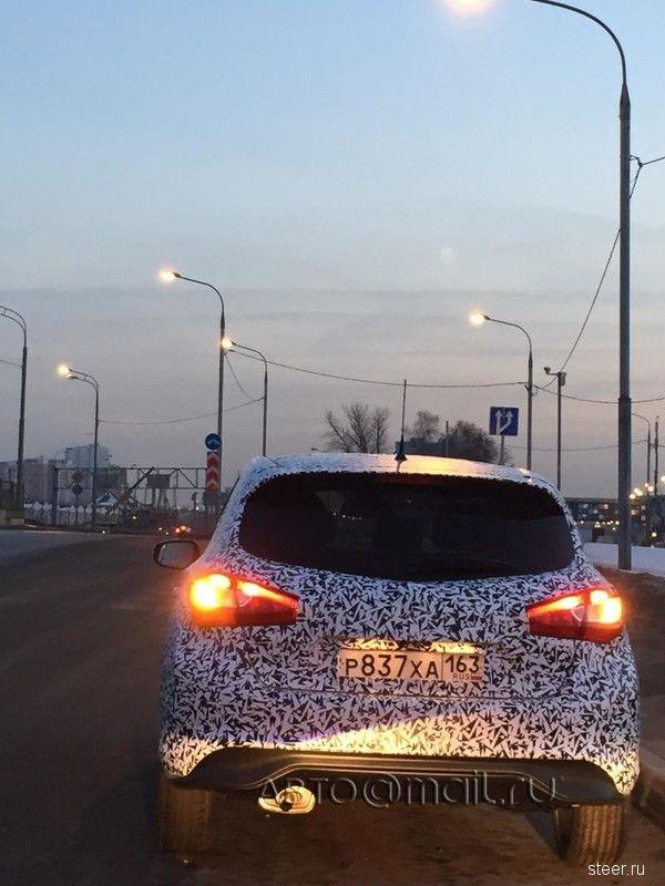 В Москве замечен неизвестный хэтчбек Nissan