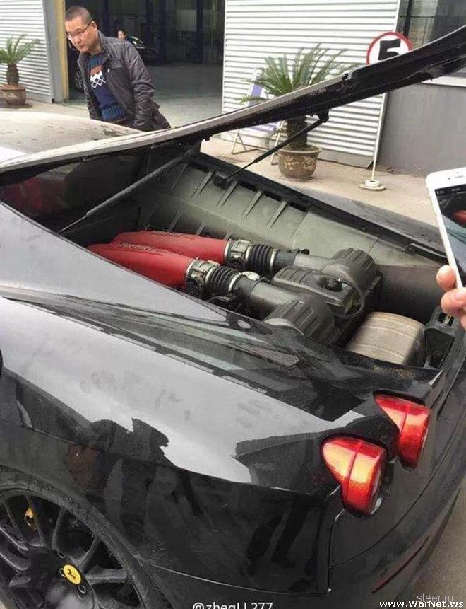Китайский юноша утопил купленный папой Ferrari F430