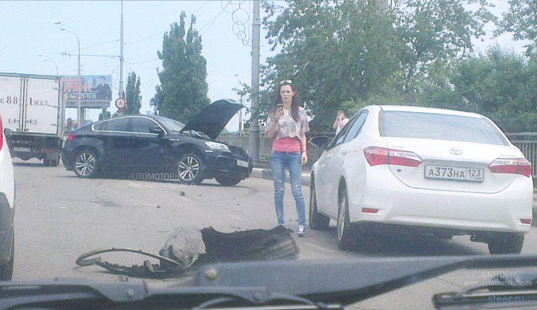 Страшная авария в Краснодаре: столкнулись BMW и Hyundai