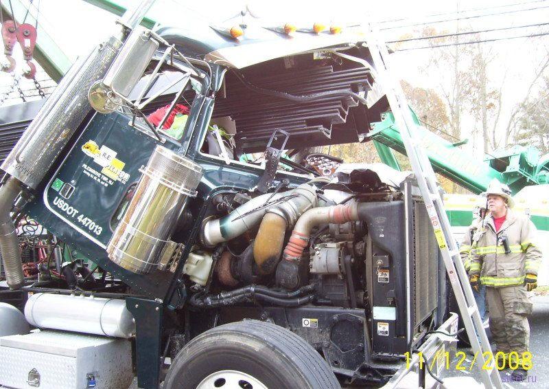 Было сложно, но водитель выжил