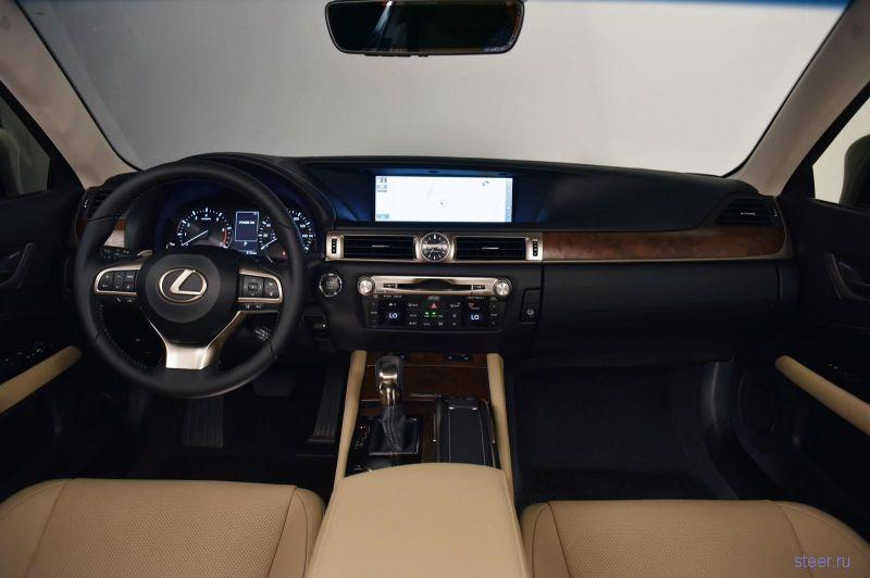 Lexus представил обновленный седан GS с двухлитровым турбомотором