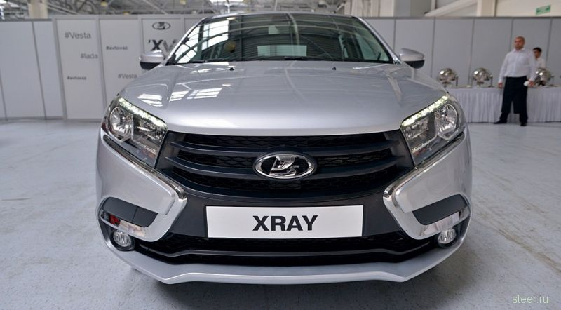 Кроссовер Lada Xray показали без камуфляжа