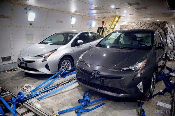 Первые фото нового Toyota Prius