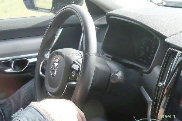 Шпионы опубликовали фото интерьера нового Volvo S90