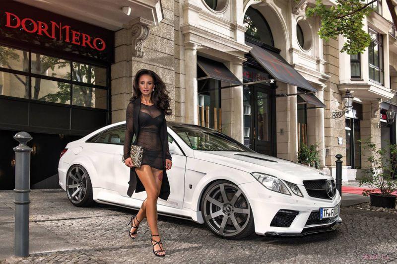 Горячие девушки и авто в календаре «Мисс Тюнинг-2016»