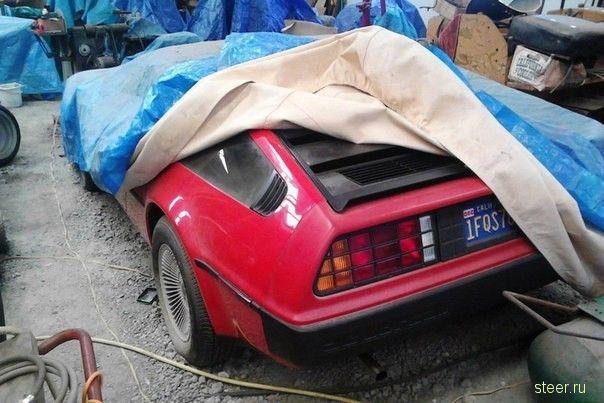 Найден DeLorean DMC-12 с пробегом в 981 милю
