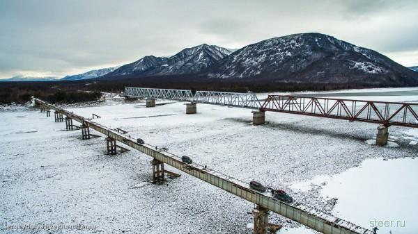 Куандинский мост через реку Витим : для водителей с крепкими нервами и прямыми руками