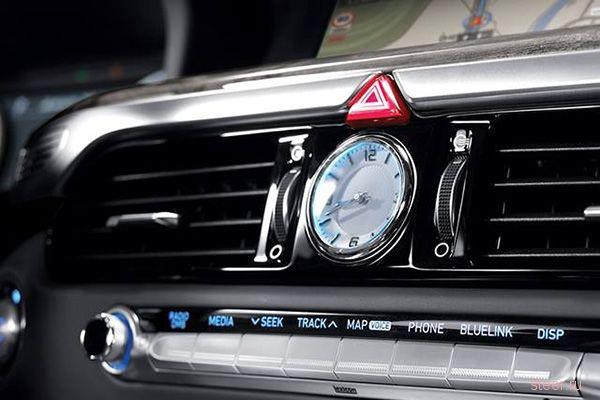 Седан Genesis G90 : самая роскошная модель Hyundai