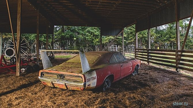 Найденный в сарае Dodge Charger Daytona продадут на аукционе за $150-180 тысяч