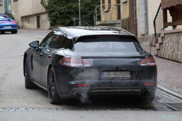 Первые фото Porsche Panamera в кузове Shooting Brake