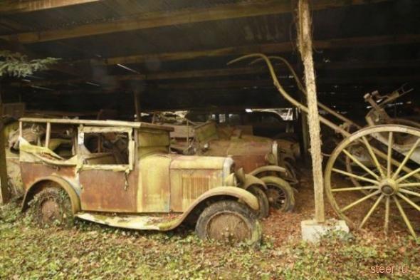 Заброшенные раритетные автомобили во Франции