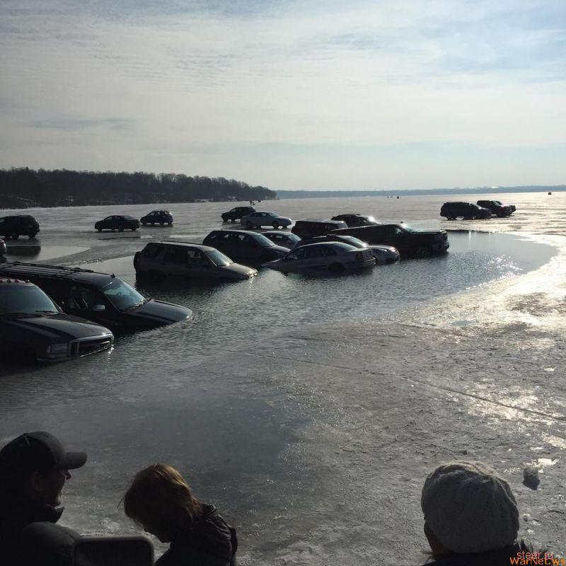 Результат парковки на замерзшем озере