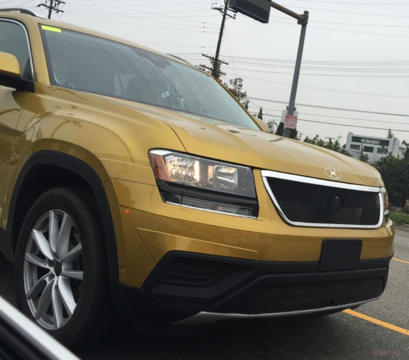 Предсерийную версию большого внедорожника Volkswagen сфотографировали на тестах в Калифорнии