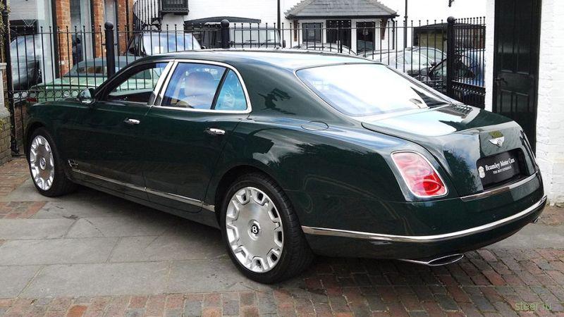 Bentley Mulsanne Елизаветы II выставили на продажу за 285,5 тысячи долларов