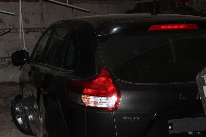 Угнанный с территории «АвтоВАЗа» выставочный Lada XRAY нашли в недостроенном гараже