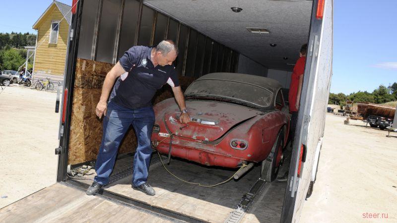 BMW восстановила родстер Элвиса Пресли