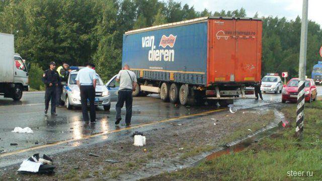 Фотографии с места смертельного ДТП в Нижегородской области