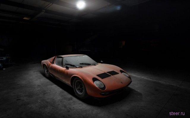 Семейная реликвия провела 28 лет в сарае: Lamborghini Miura P400