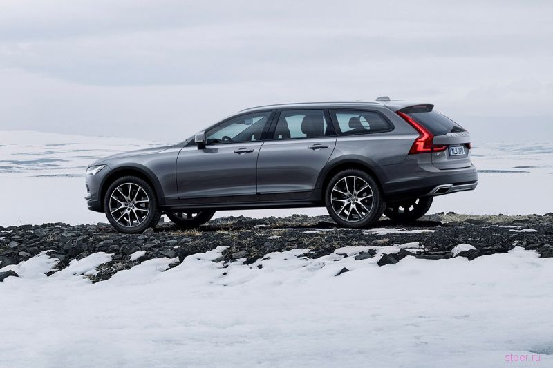 Volvo представила новый универсал V90 Cross Country