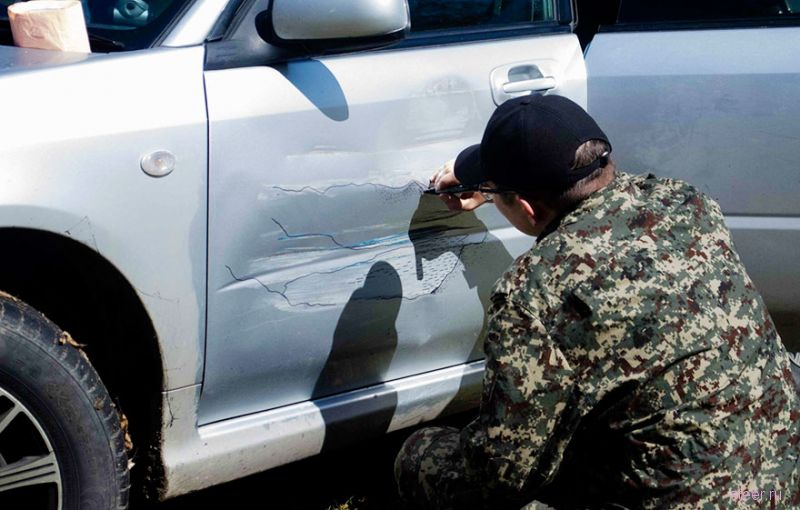Как превратить царапины на авто в произведение искусства