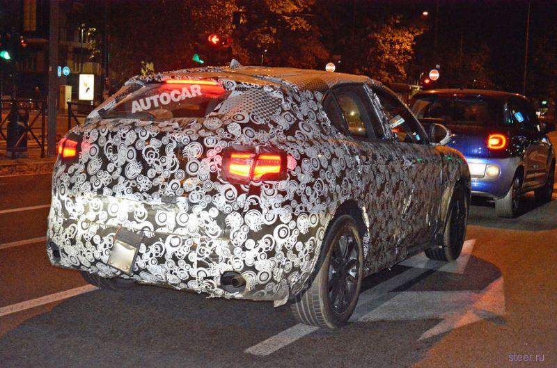 Кроссовер Alfa Romeo Stelvio засняли во время тестов