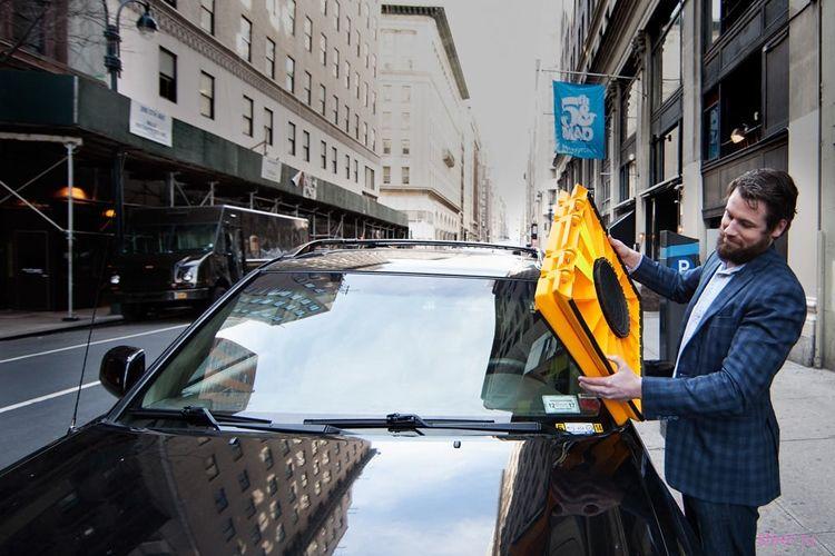 Блокиратор лобового стекла Barnacle заставит заплатить за неправильную парковку
