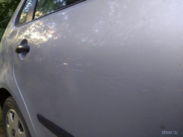 Чтобы узнать, кто царапает машину, белорус месяц ночевал внутри