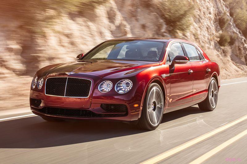 Bentley привезла в Россию самый мощный седан в мире