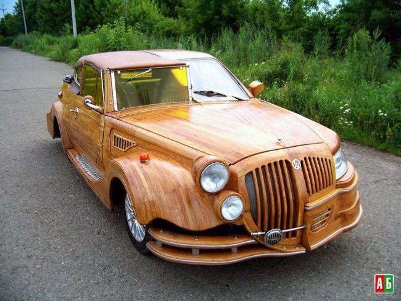 Украинский конструктор сделал «дубовый автомобиль ручной сборки» стоимостью за $50 000