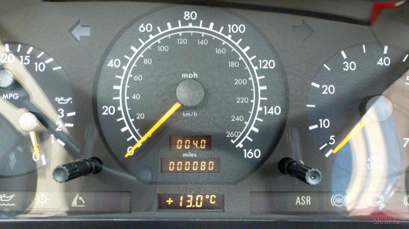 Родстер Mercedes SL500 продают после 20-летнего простоя в гараже — хозяйка потеряла ключи