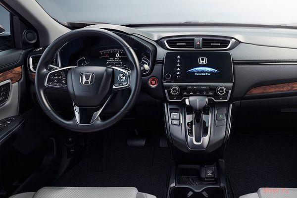 Honda назвала комплектации и оснащение нового CR-V для России