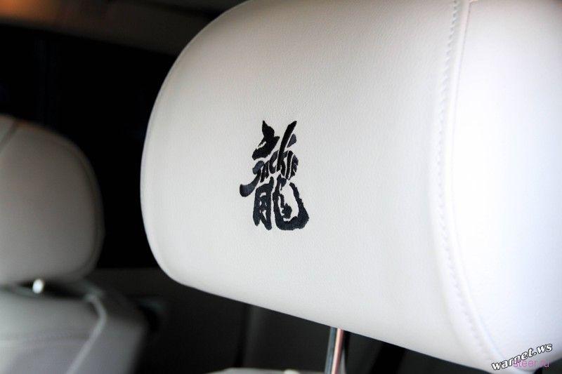 Rolls Royce специально для Джеки Чана