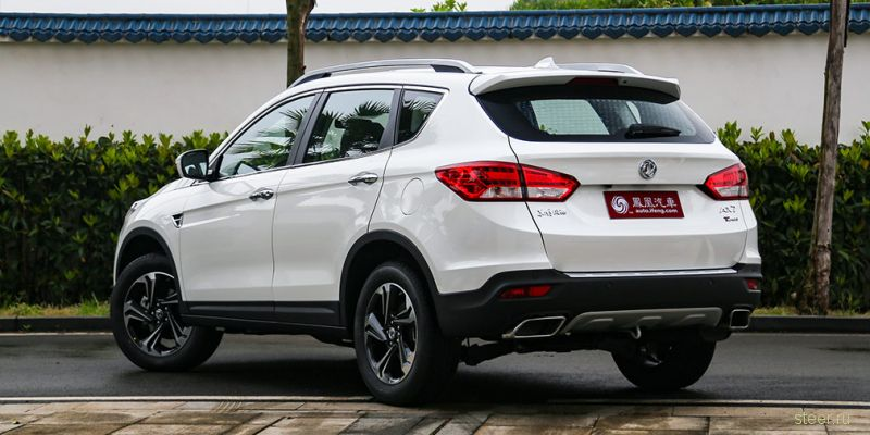Новый китайский кроссовер Dongfeng DFM АХ7 : от 990 000 рублей