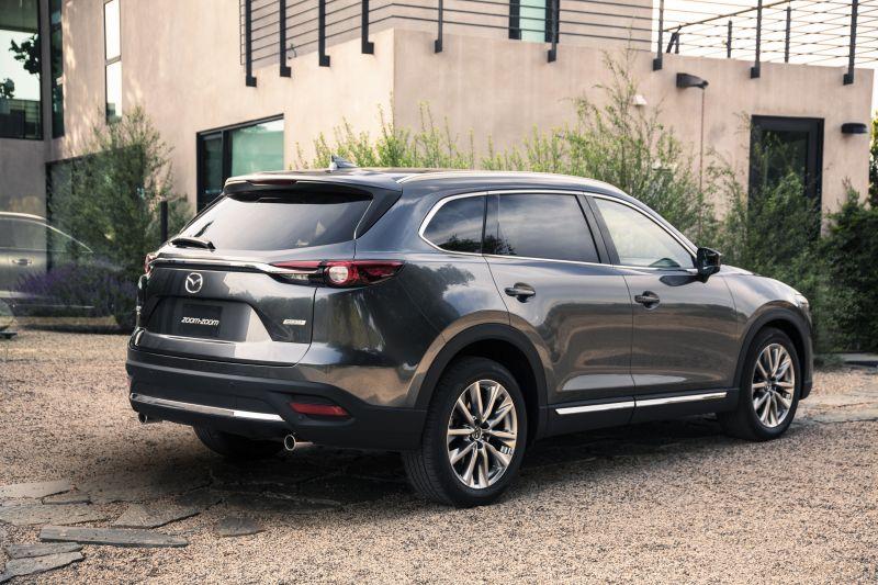 Новый большой кроссовер Mazda CX-9 будет продаваться от 2 890 000 рублей