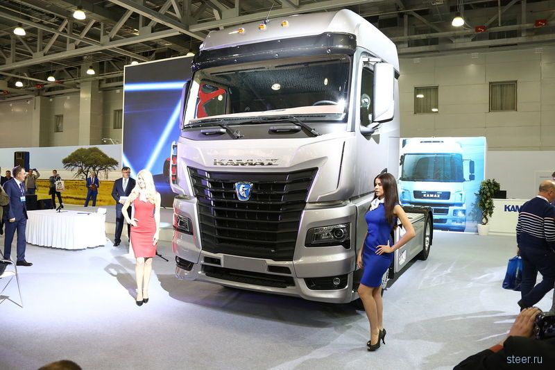 Официально представлен новый магистральный тягач КАМАЗ-54901