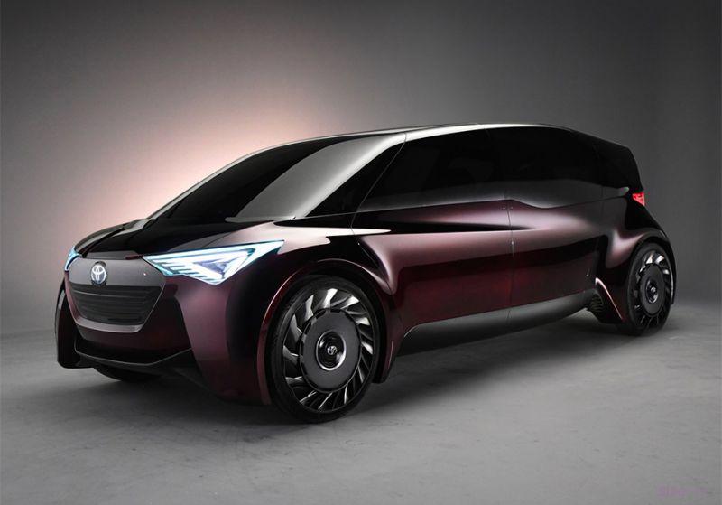 Toyota Fine-Comfort Ride : шестиместный минивэн с 1000-километровым запасом хода