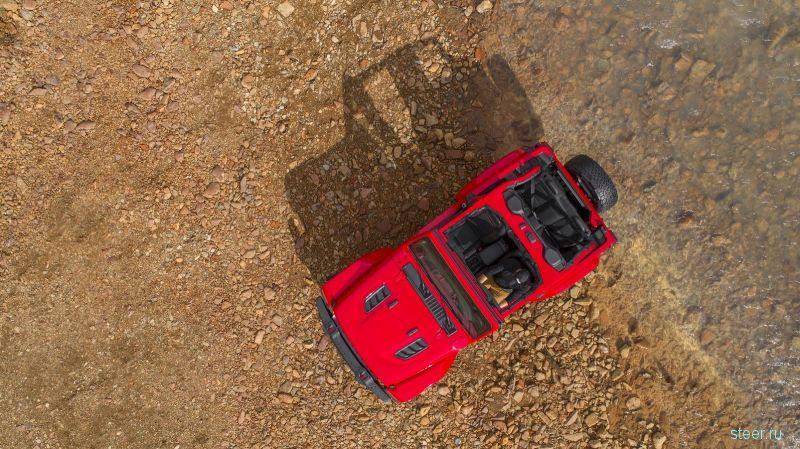 Первые фото салона нового Jeep Wrangler
